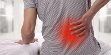 Lombalgia (mal di schiena o dolore lombare): sintomi, cause, rimedi ed esercizi