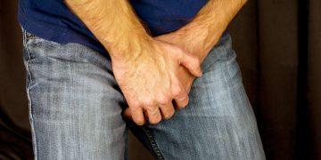 Incontinenza urinaria maschile: cos'è, cause, cura, terapia, rimedi naturali, esercizi